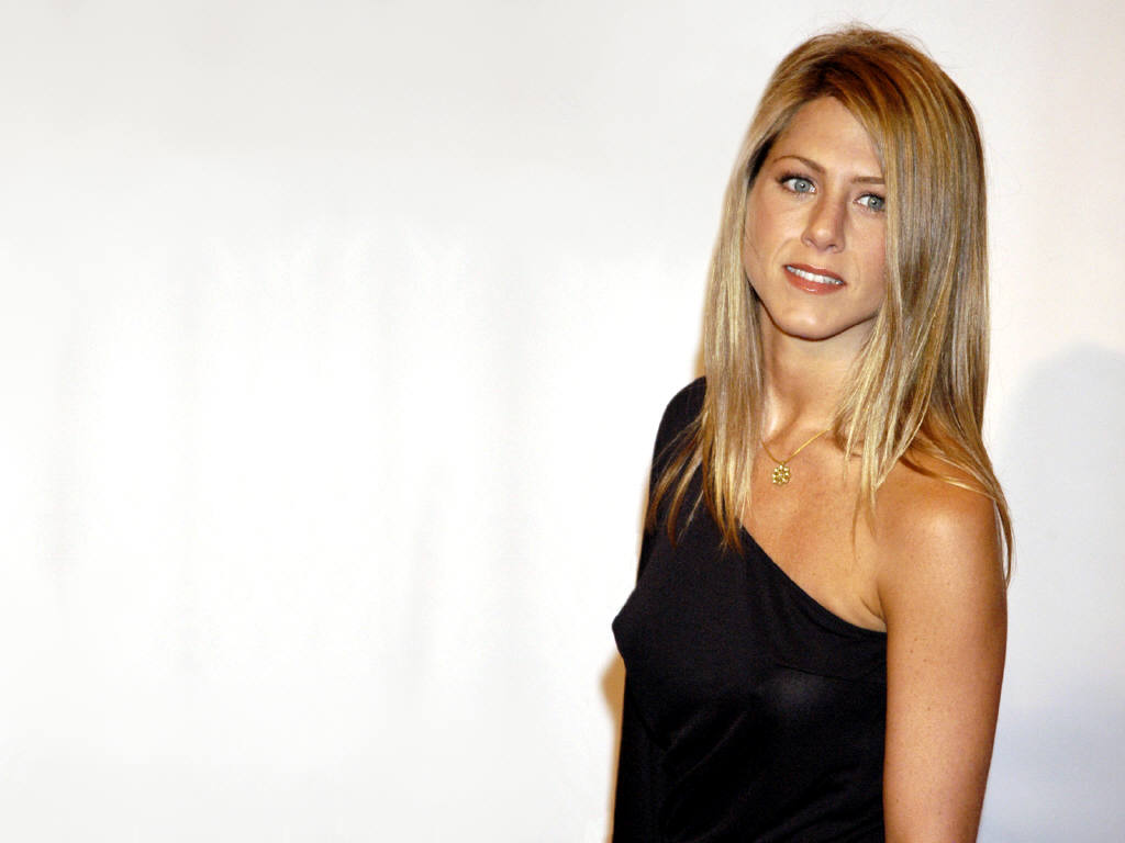 pictures of jennifer aniston long hairstyles