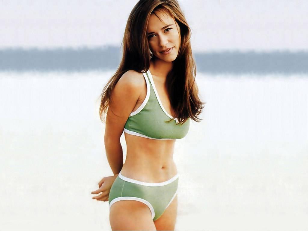 Jennifer Love Hewitt Nude Photos & Videos - Celeb Jihad