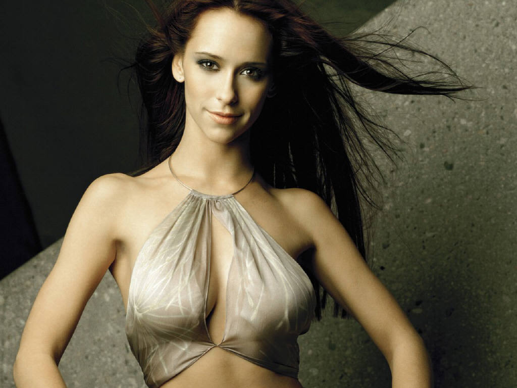 Jennifer Love Hewitt Hot Wallp