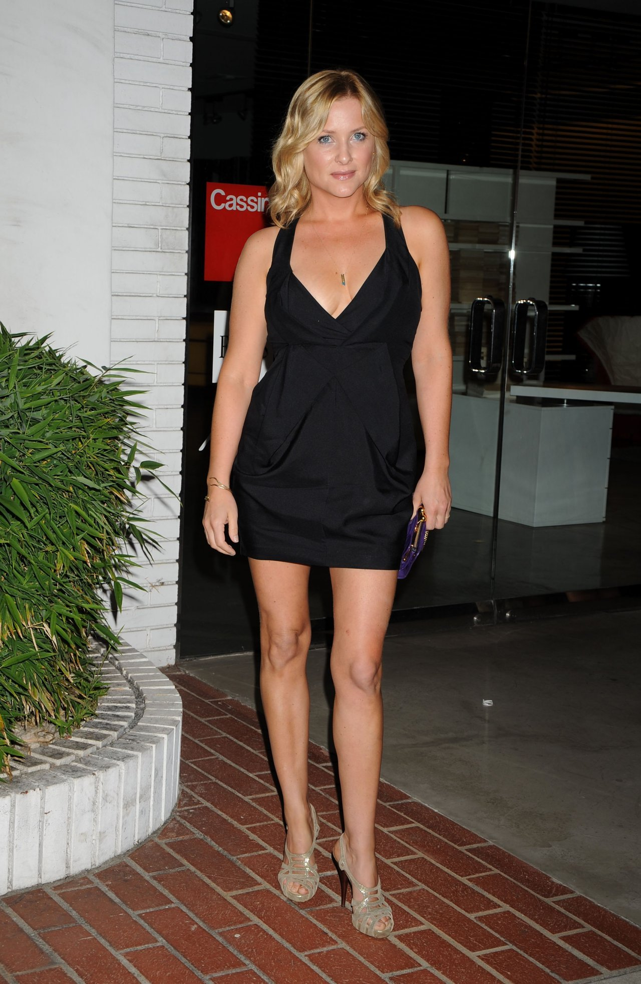 Jessica Capshaw Wallpapers 11870 Top Rated Jessica