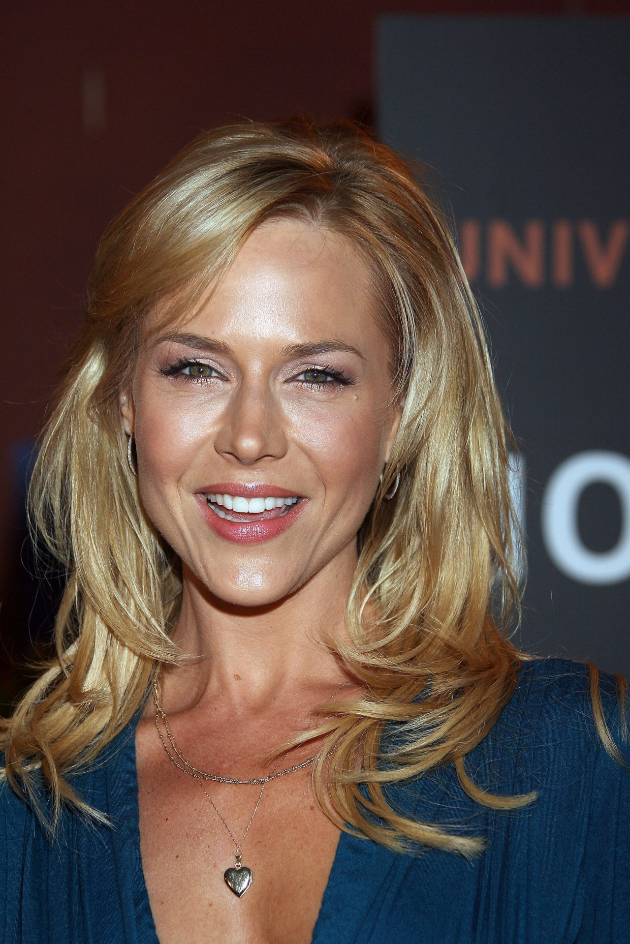 Julie Benz - Gallery